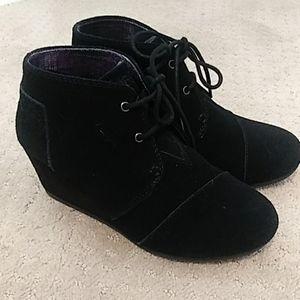 Bobs by Skechers Black Leather Wedge Booties